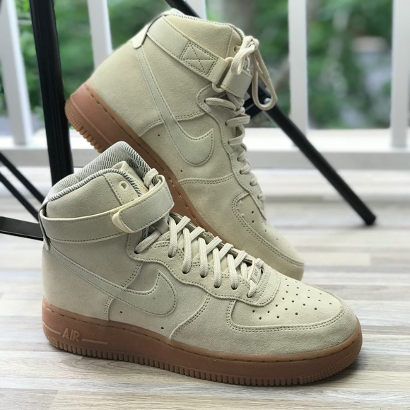 the best attitude fe36d 8e0aa NWT Nike Air Force 1 HI SE Suede Butter WMNS